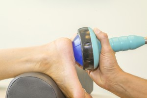 Hielspoor behandeling met shockwave therapie