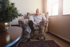 Stoel Voor Ouderen : Kom vaker uit die stoel en blijf langer zelfstandig wonen